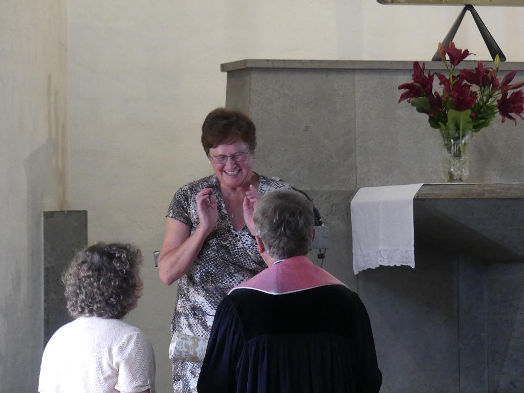 Gemeindereferentin Gertrud Pfister dankt im Namen der kath. Pfarrgemeinde